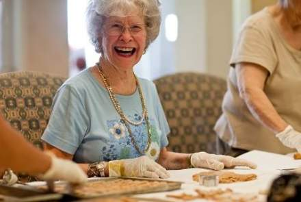 Giving Back Keeps Seniors Healthy